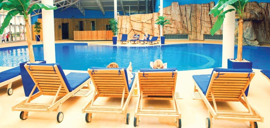 Where to play luxury spa treatments and facilities butlins for Bognor regis butlins swimming pool